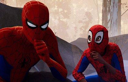 A Tom Holland también le flipa Spiderman: Un nuevo universo