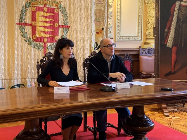 Valladolid.- Redondo y Heredero en la presentación de la Cabalgata 17-12-18