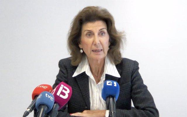 La presidenta de la CAEB atiende a los medios