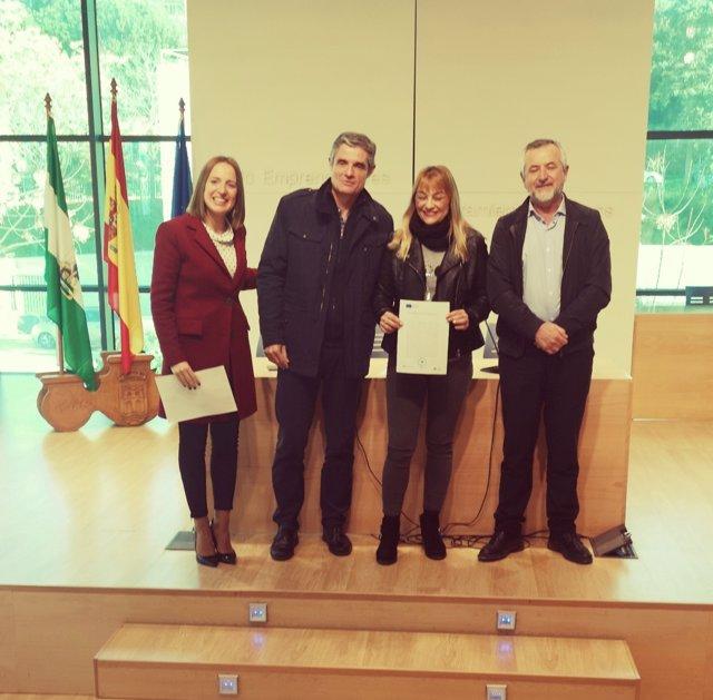 Entrega de diplomas de Dipujoven en Arcos