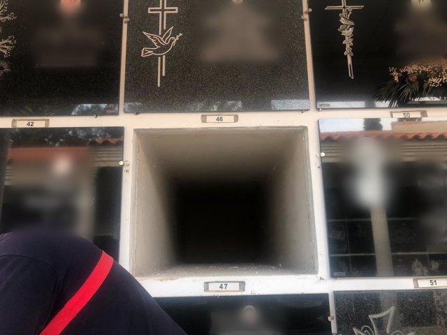 El nicho fantasma en el cementerio de la Vall d'Uixó