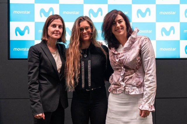 Gisela Pulido entre Cristina Burzako y María José Rienda