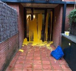 El ple de Sant Cugat rebutja condemnar les pintades a l'habitatge de Llarena (EUROPA PRESS - Archivo)