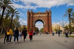 Un grup de veïns de Barcelona critica Colau per no apostar pel decreixement turístic (DAVID ZORRAKINO - EUROPA PRESS)