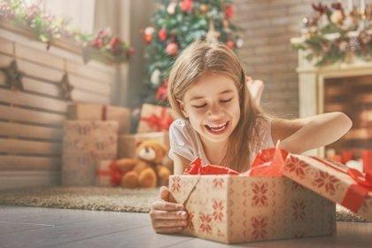 Una Navidad infantil saludable: regalar juguetes que fomenten el ejercicio o vigilar los dulces