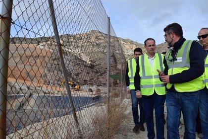Las obras de restauración del vertedero de residuos de Abanilla acaban el próximo trimestre
