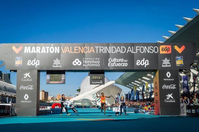 Leul Gebreselassie, vencedor del Maratón Valencia 2018