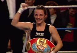 Mor María Jesús Rosa, primera campiona del món espanyola de boxa (CAPTURA YOUTUBE)