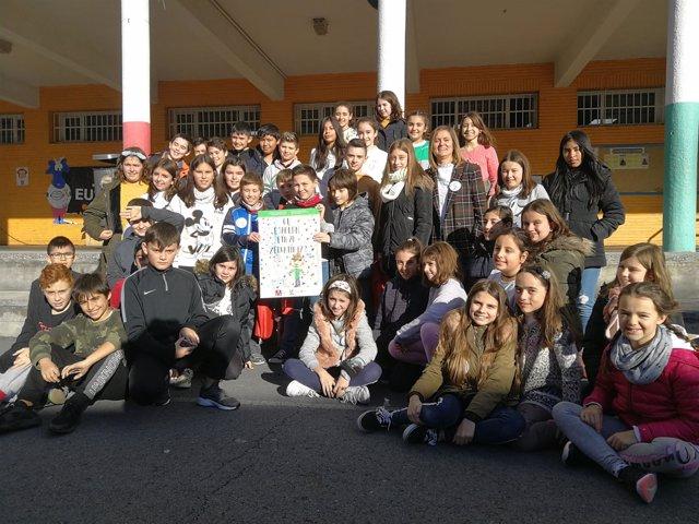 Amaia del Campo con los participantes de Arteagabeitia