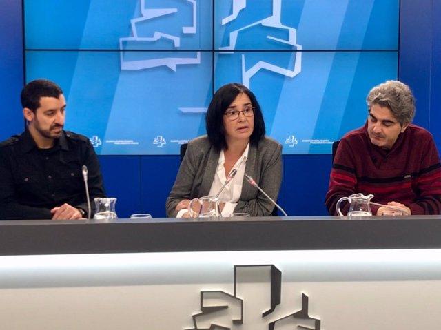 La parlamentaria Cristina Macazaga en rueda de prensa