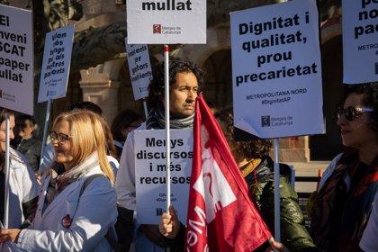 """Los médicos auguran un """"invierno caliente"""" de movilizaciones ante su """"insostenible"""" situación"""