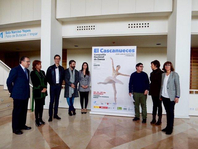 La Consejera Miriam Guardiola  En La Presentación De   'El Cascanueces'
