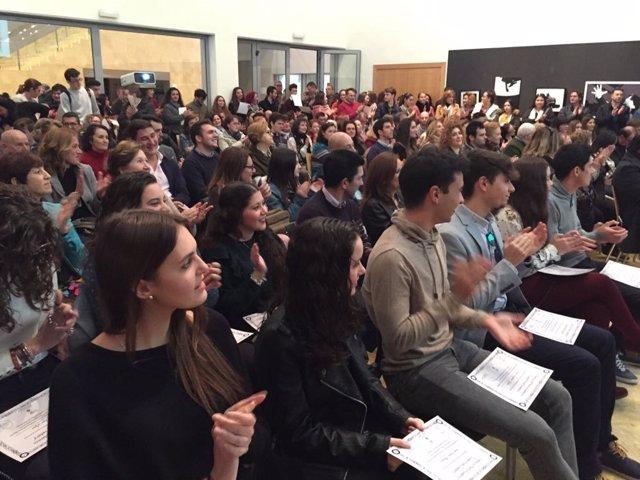 Se han presentado un número mayor de jóvenes que optan a la Universidad.