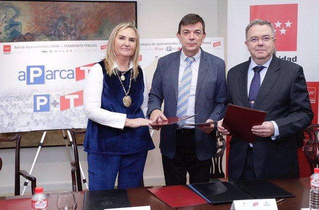 ROSALÍA GONZALO CONSEJERA DE TRANSPORTES, CARLOS ANDRADAS RECTOR DE LA UCM