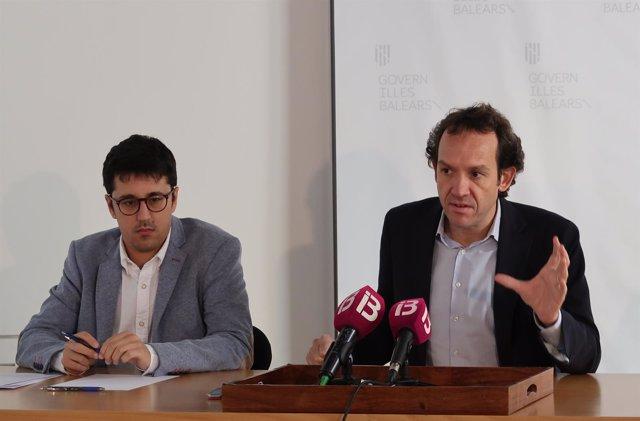 El director general de Energía, Ferran Rosa, y el conseller Marc Pons