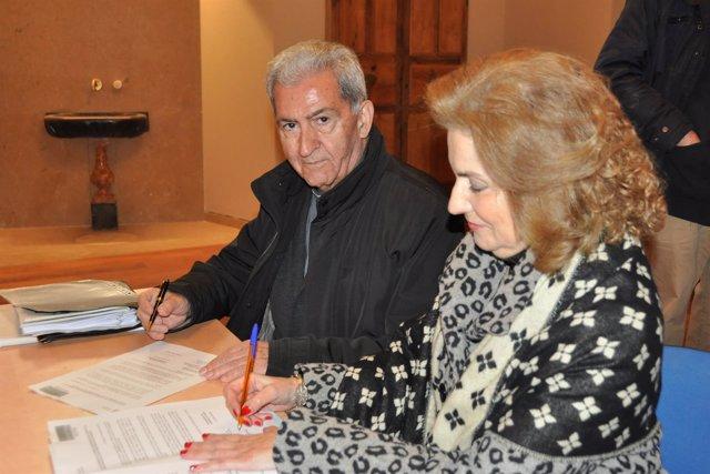 El vicario de la Archidiócesis de Zaragoza recibe las obras de la Magdalena
