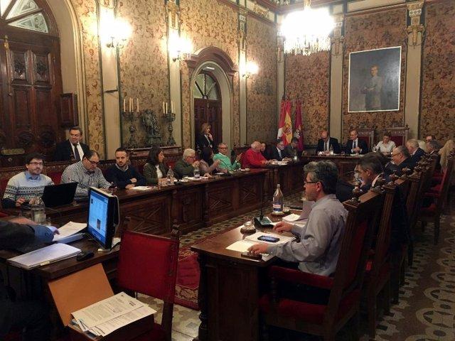 Sesión plenaria en la Diputación de Salamanca,