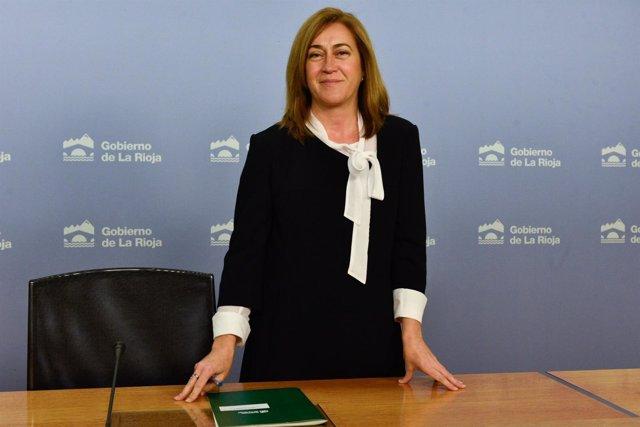 La portavoz del Gobierno riojano, Begoña Martínez en comparecencia de prensa