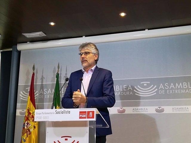 Valentín García en rueda de prensa este viernes en Mérida