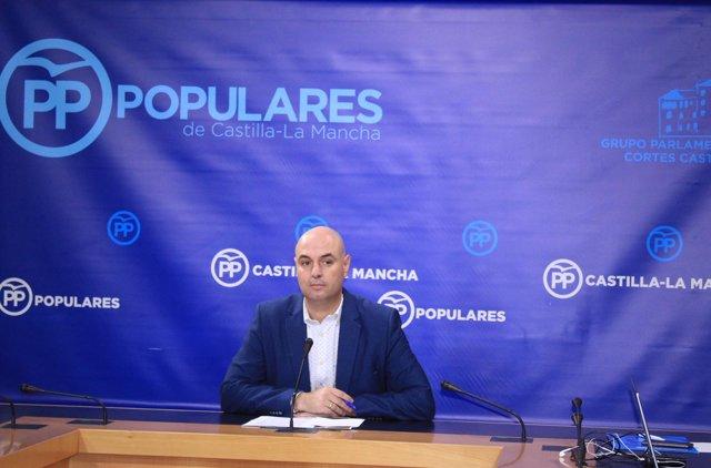 El diputado del PP José Jaime Alonso en rueda de prensa