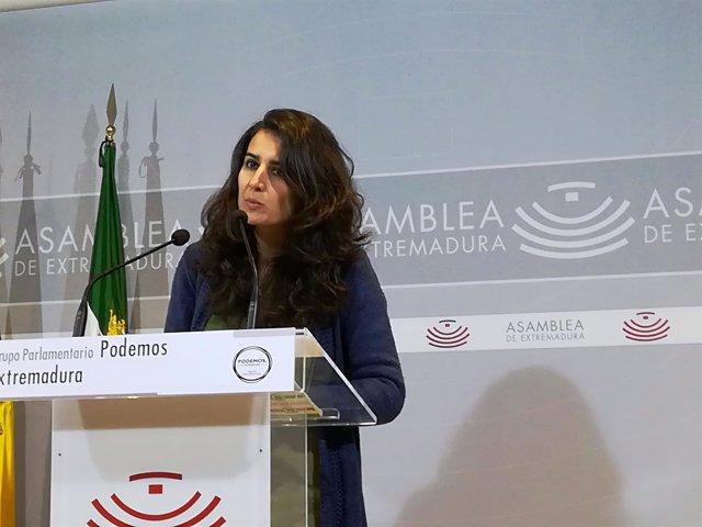 Irene de Miguel en rueda de prensa este viernes en Mérida