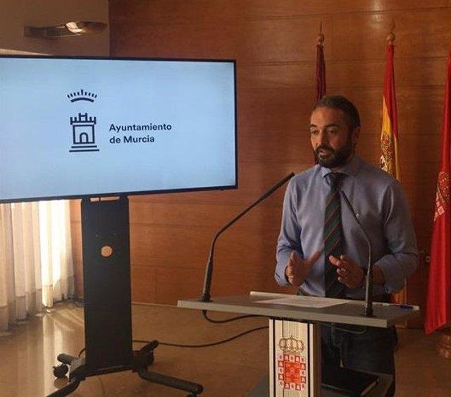 Concejal de Educación, Relaciones con Universidades y Patrimonio, Rafael Gómez