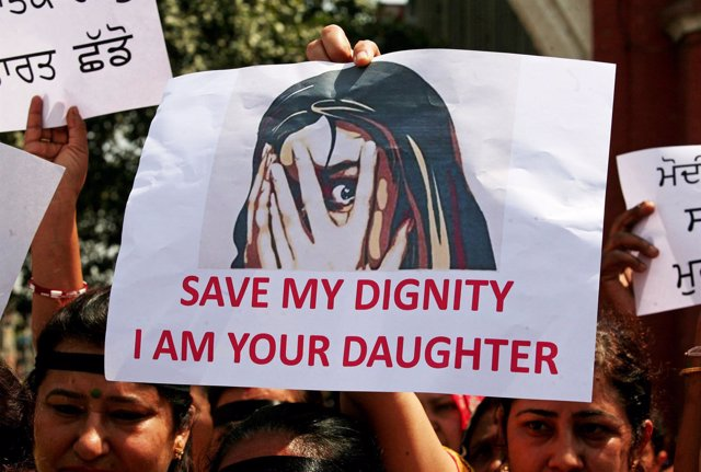 Manifestación contra las violaciones en India