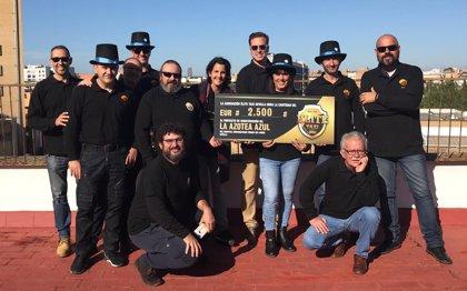 Élite Taxi dona 2.500 euros al proyecto de parque infantil Azotea Azul del Virgen del Rocío