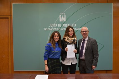 La Junta entrega a ocho ayuntamientos de Cádiz las primeras resoluciones de los planes de empleo en su edición actual