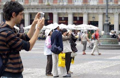 La capital recibió a más de 824.000 turistas el pasado noviembre, un 7,3% más