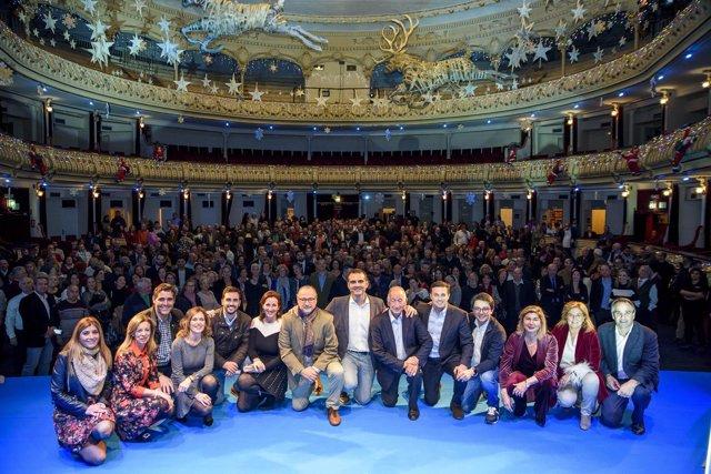 Miembros del PP en el Teatro Cervantes