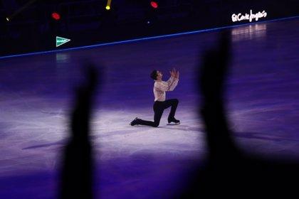 Javier Fernández hace las delicias de 7.000 murcianos con su 'Revolution on Ice'