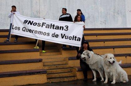 """Familias de los periodistas ecuatorianos asesinados subrayan que la muerte de 'Guacho' no implica """"justicia"""""""
