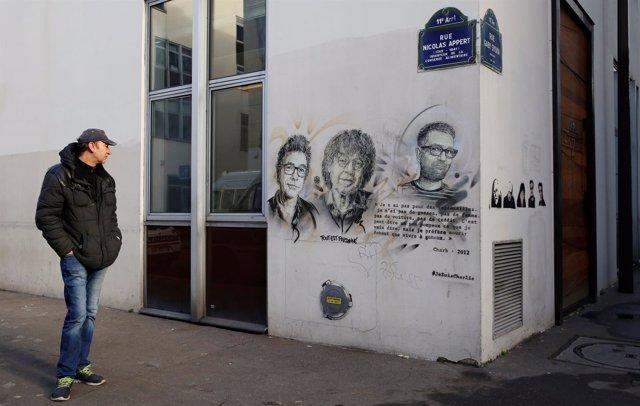 Angitua sede del semanario humorístico 'Charlie Hebdo'