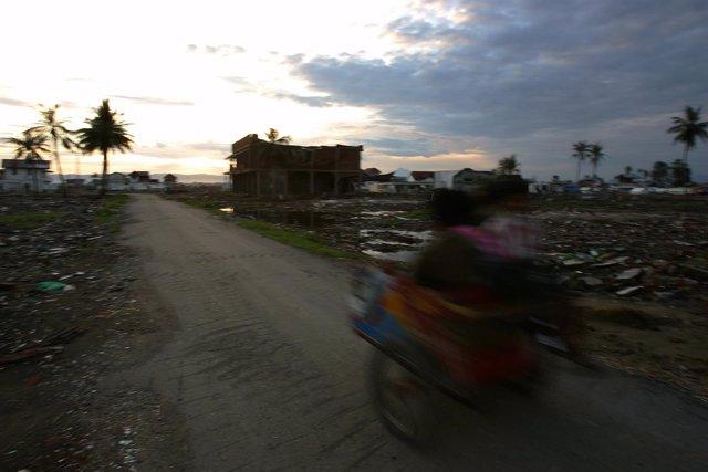 Indonesia tsunami 2004