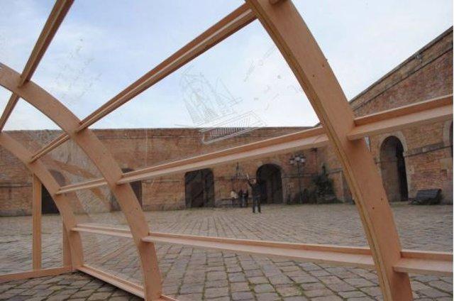 La nueva instalación de la obra 'Impasse' en el Castillo de Montjuïc