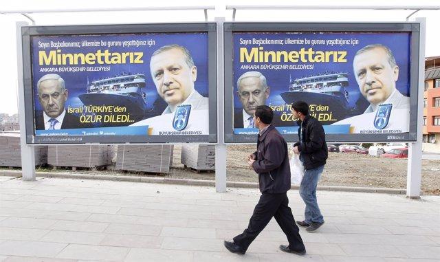 Carteles Netanyahu y Erdogan