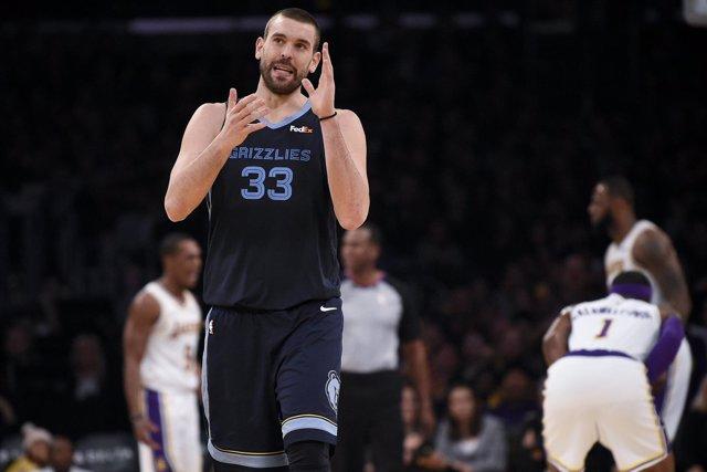 Marc Gasol (Memphis Grizzlies) contra Los Angeles Lakers