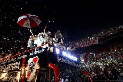 River Plate celebra la Libertadores con 70.000 aficionados en su vuelta a Buenos Aires