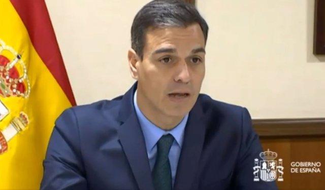Pedro Sánchez felicita la Navidad a las tropas en el exterior