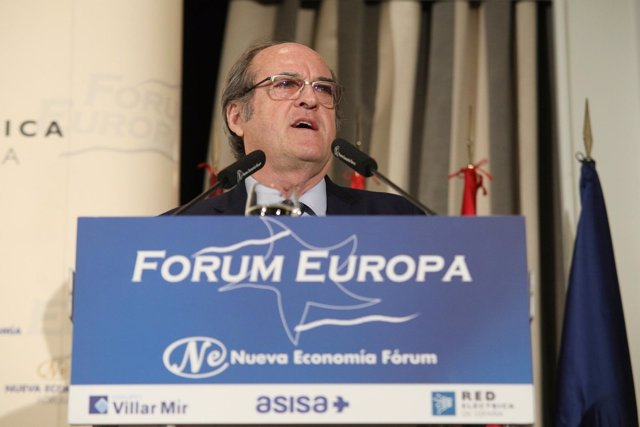 El candidato del PSOE a la Comunidad, Ángel Gabilondo