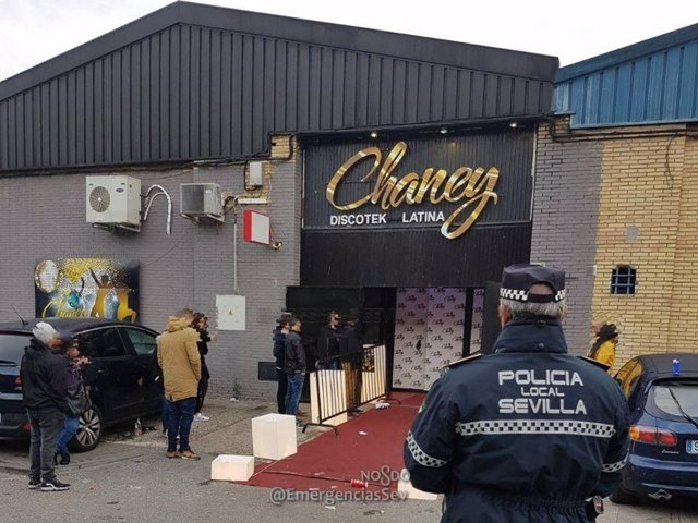 Discoteca de Sevilla desalojada por incumplir el horario