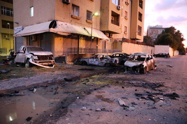 Atentado suicida en el ministerio de Exteriores de Libia