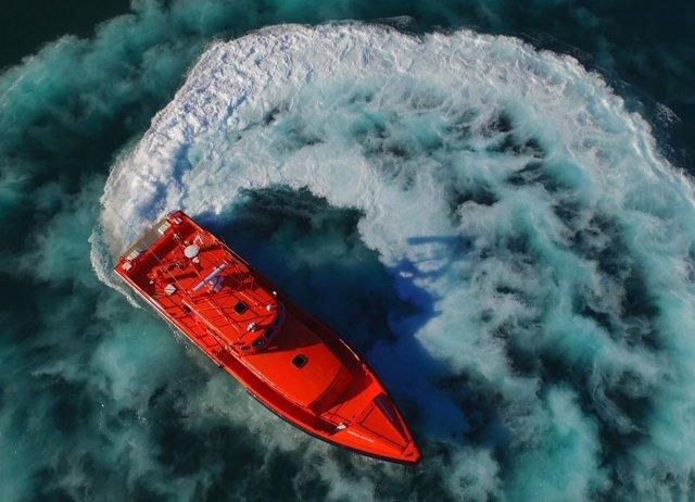 Salvamar Arcturus' actúa en rescate en Tarifa