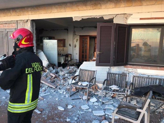 Daños causados por el terremoto con epicentro en la falda del Etna