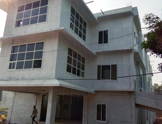 Hospital íntegramente oftalmológico en la ciudad de Jagdalpur (India)