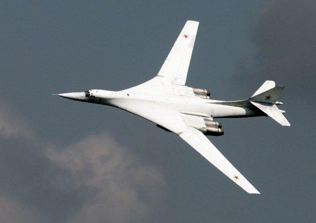 El avión de combate Tupolev 160.
