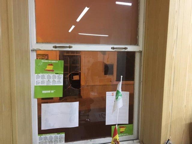 Atacan la sede de Actúa/VOX en Menorca