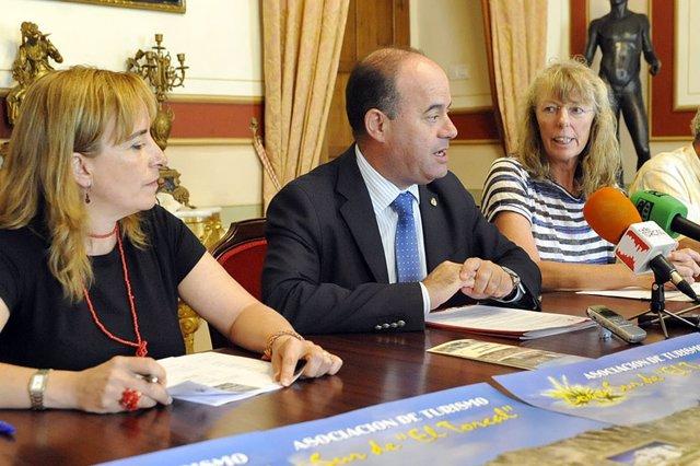 Manolo Barón habla sobre el convenio con Turismo Sur de El Torcal