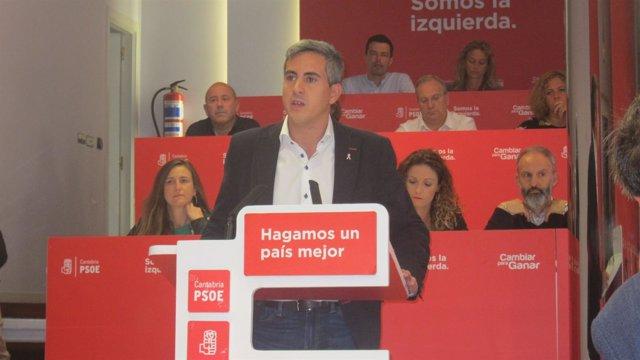 Pablo Zuloaga en el Comité regional del PSOE